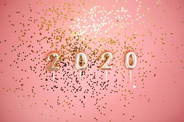 2020年のお正月は、新しい下着で気持ちよく過ごしませんか?ラッキーカラーの下着なら運気もアップ!