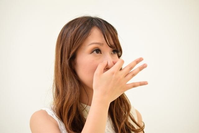 デリケートゾーンは、排せつ物や経血などの通り道があるため、蒸れるとニオイが気になるようになります。